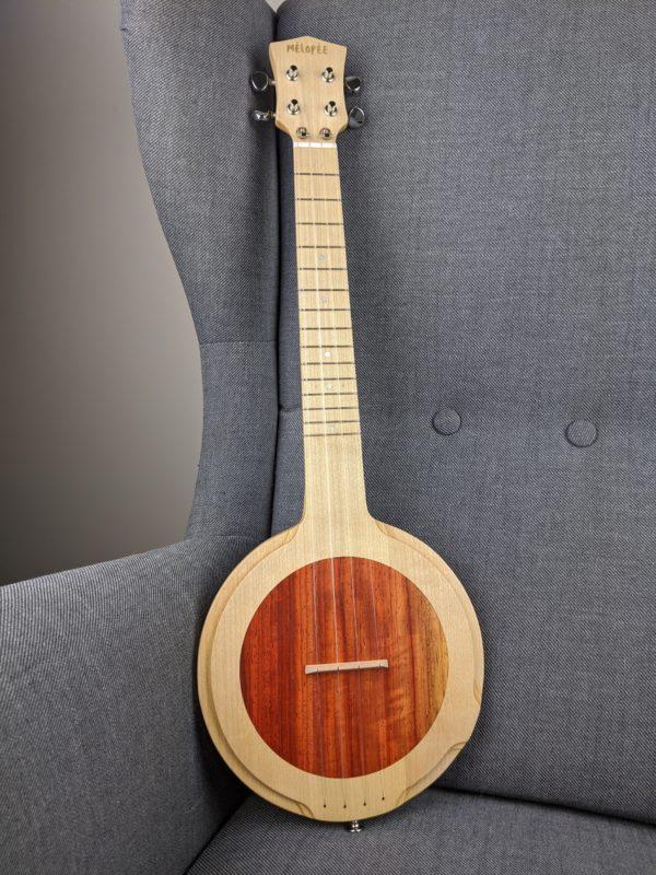 SBUK080 Ukulélé Kaikoura Maple Padouk-4